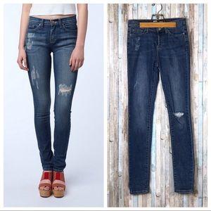 BDG 26 UO Cigarette High Rise Skinny Jeans Denim